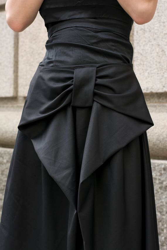 price remains stable promotion shop for original Big bow midi black skirt   Below the knee black skirt with large bow accent  by Silvia Monetti