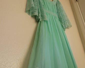 SALE! Vintage Prom Dress   1970s Candi Jones California Dresses   70s Flutter Sleeve Prairie Style Maxi Gown   Bridesmaid Gowns