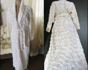 4e3ecd8e33 NOS Vintage Creamy Vanilla Latte Frosted Wedding Cake Robe Canyon Group Chenille  Bathrobe M