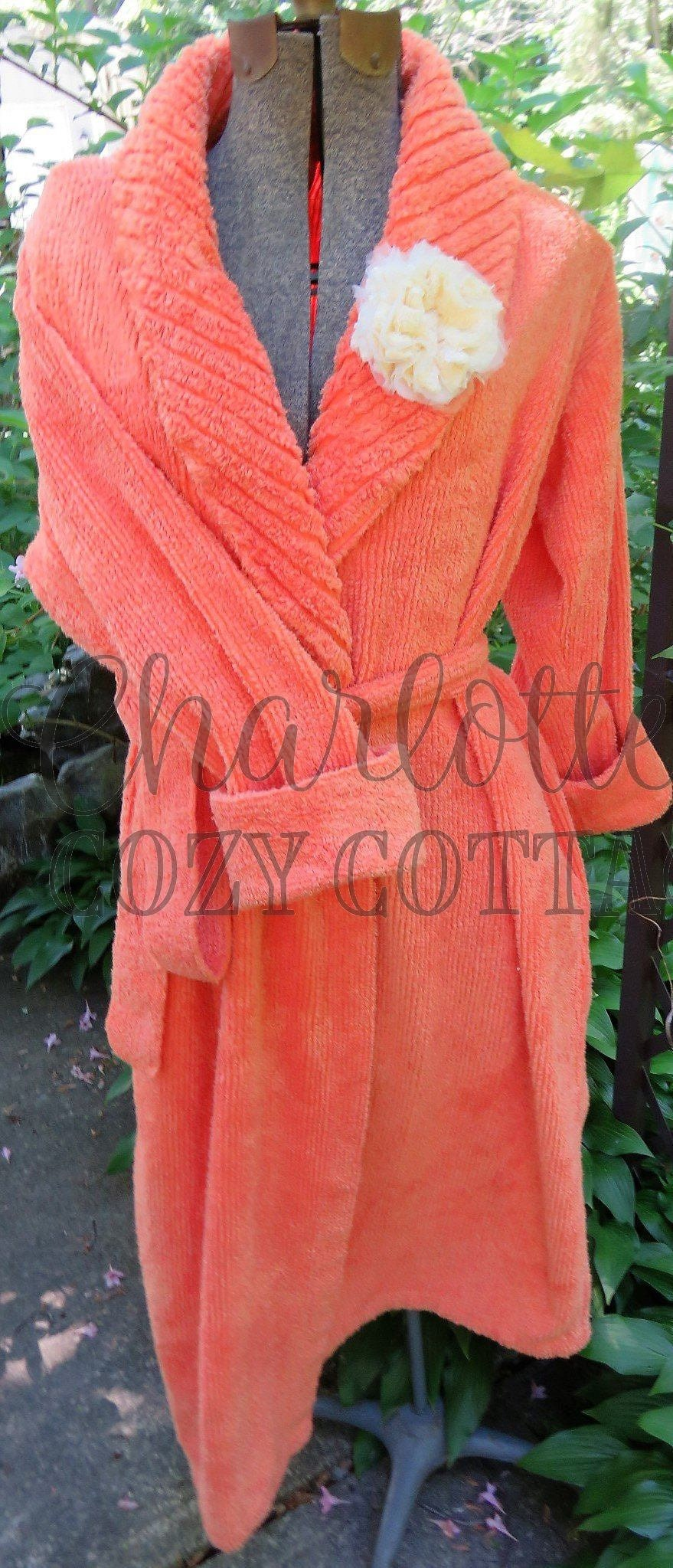 204770d4f0 Yummy Ripe Melon Vintage Chenille Robe Love the Summery