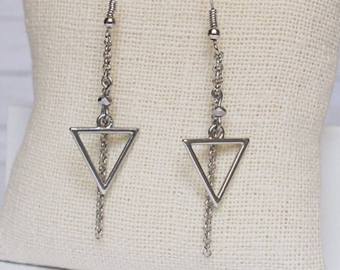Silver Calypso Dangle Earrings, Bead Earrings, Triangle Jewelry, Geometric Jewelry, Simple Jewelry, Triangle Earrings