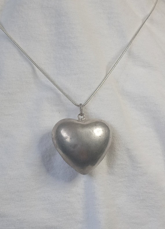 """Vintage Sterling Silver puff heart pendant 24"""" nec"""