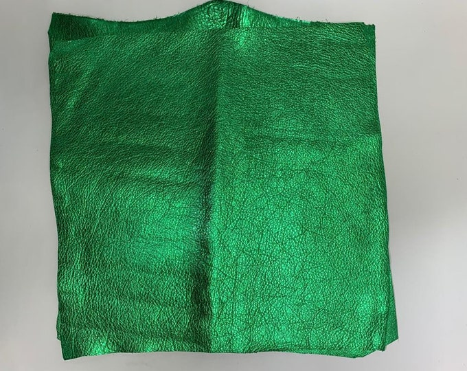12 x 12 Emerald Green Metallic Cow Leather (1.1-1.3 mm) 3 oz Pieces. Perfect for Handbags, Shoes, Garments, Accessories, and Leather Crafts