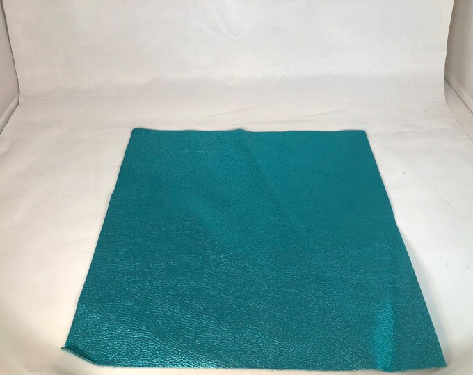 12 x 12 Turquoise Metallic Leather: Natural Grain Cow Leather 2.5-3.0 oz (1.1 - 1.3 mm). Perfect for Handbags, Shoes, Garments, and Crafts