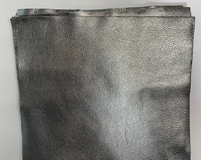 Gunmetal Metallic Leather 12'' by 12'' pieces : Natural Grain Cow Leather 2.5-3.0 oz (1.1 - 1.3 mm). Perfect for Handbags, Crafts, Jewelry