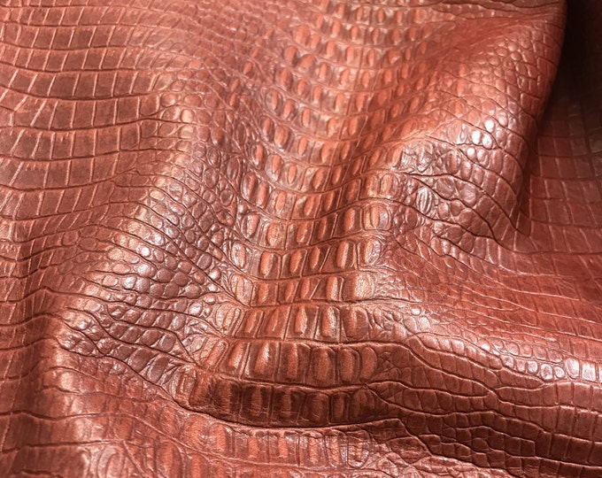 Dark Red Embossed Leather (2.5-3.0oz) : Soft Lizzard Embossed Cowide BEAUTIFUL handfeel. Perfect for handbags, small leather goods, crafts