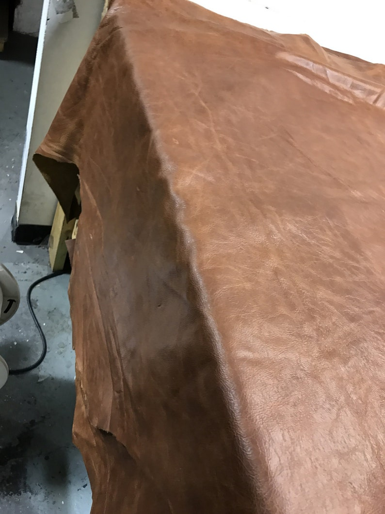 Distressed Leather: Rust Pull Up Cow Leather Skins 3 OZ (1 1-1 3 mm)  Perfect for Handbags, Shoes, Leather Crafts, Accessories