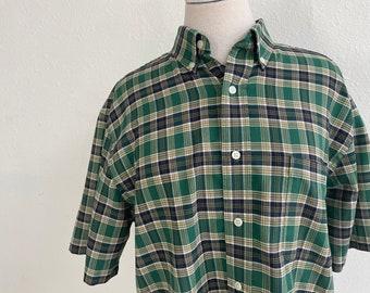 Towncraft Green + Black Checked Cotton Blend Button Down Shirt Vintage 1990s Wrinkle Free Work Wear Mens Medium