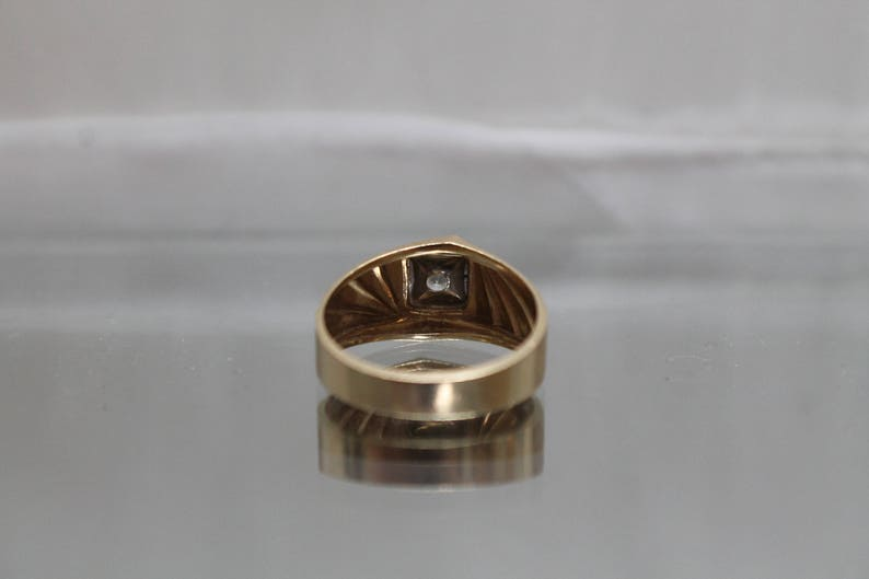 Mens Diamond Solitaire with Brushed Finish and Etched Design in Yellow Gold 14k .10 ct