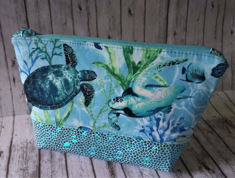 Sea Turtle Bag Sea Turtle wristlet Sea Turtle zippered pouch Sea Turtle gifts Gifts for women Gifts for girls sea turtles make up bag