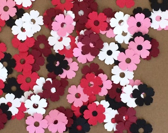 100 - 1 inch Flowers  for Paper Crafts Set 1032