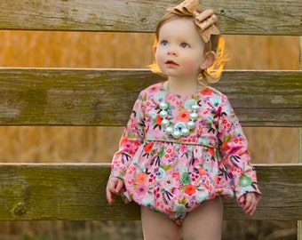 Girls romper for spring - romper for toddler girls - baby bubble romper - girls romper - bubble romper for baby girls - floral romper