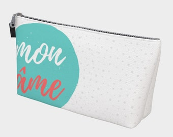 c6b6b53112 MON ÂME Circle Graphic Art WHITE Makeup Bag Purse Organizer for Women -  Makeup Accessory Gift for Her - Chic Fashion Gift Accessory Pouch