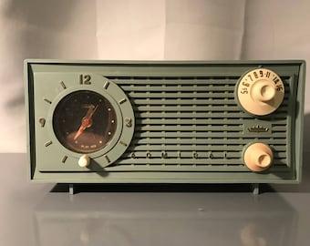 "1959 Admiral ""Ranger"" AM Tube Radio with Telethon Clock"