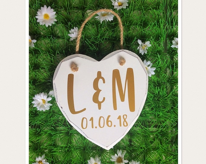 Featured listing image: Personalised Initials Hanging Heart Sign