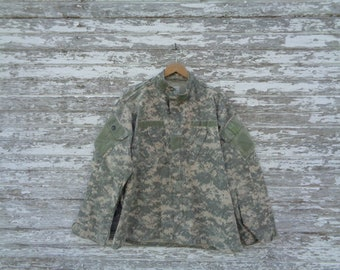 c3511d8292 5 Rare Distressed Army Camo Camouflage ACU Digital Combat Jacket Shirt  Blouse | Size Large Regular Thrashed Trashed | X