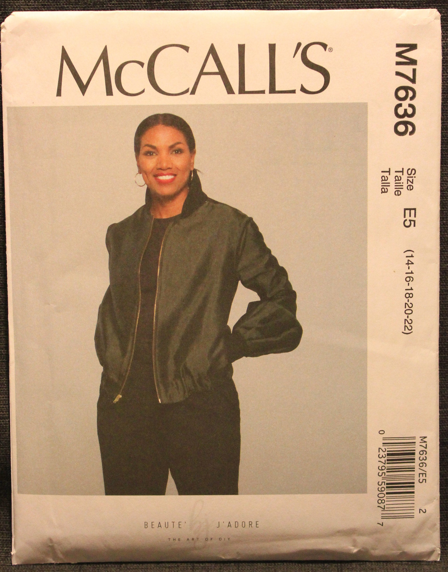 Simplicity Pattern 8418 R5 Misses Lined Bomber Jacket with Fabric and Trim Variations Size 14-22