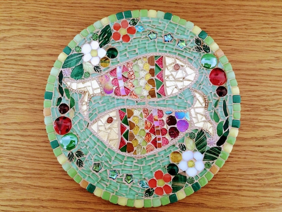 Handmade glass abstract round picture Indian folk art fish mosaic picture Unique gift idea Home decor Mosaic wall art