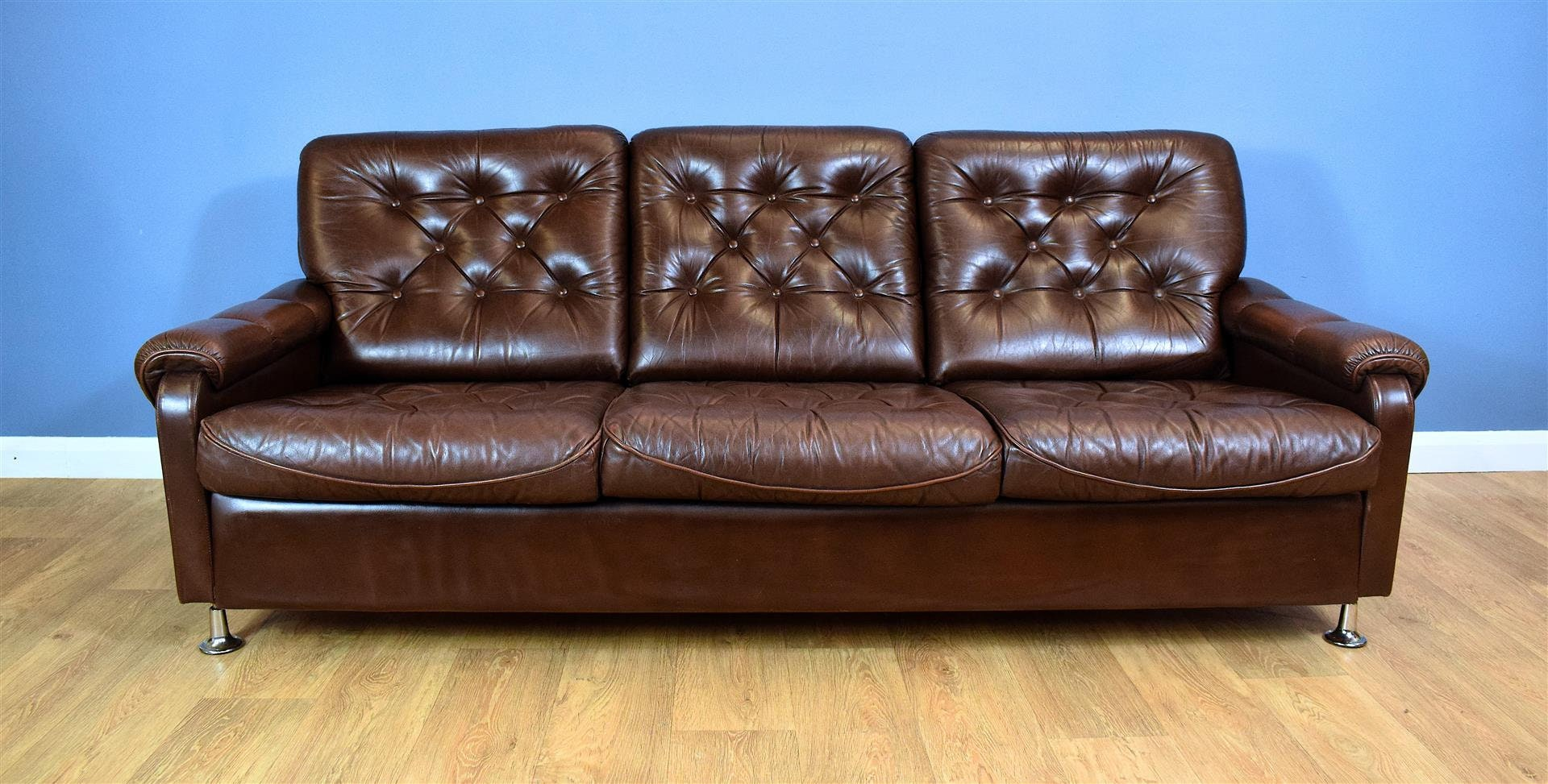 Mid Century Retro Vintage Danish Brown Leather Buttoned 3 Seat Sofa Settee 1970s