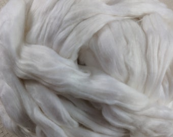 Corn Fibre - Cellulose Roving - Exotic Novelty Fibre  - White Coloured  - Great for Spindles, Handspinning & Felting