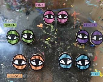 Eye Cardboard Stud Earrings