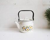 Vintage enamel kettle 2l floral teapot enamelled tea kettle Soviet Made in USSR retro home decor dandelion motif stove top water kettle 1970