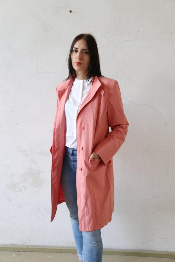 Vintage salmon pink coat - trench coat - 90s shoul