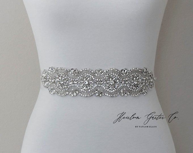 Wedding Dress Belt, Bridal Sash, Wedding Belt, Wedding Sash Rhinestone and Pearl Sash, B131