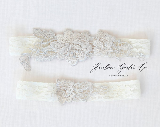 Floral Wedding Garter Set NO SLIP grip vintage rhinestones bridal garter, elegant wedding garter set IVORY C95nude-C95nude