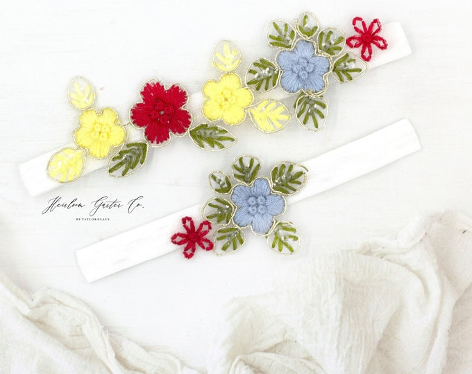Colorful Wedding Garter, Boho wedding garter, bright floral Lace Wedding Garter Set, something blue lace garter WHITE E83