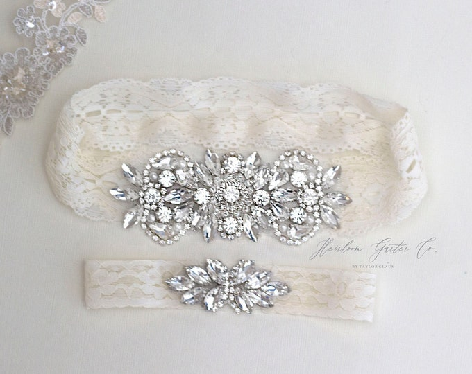 Wedding Garter, NO SLIP Lace Wedding Garter Set, bridal garter set, vintage rhinestones B26S-C21
