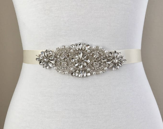 Bridal Belt, bridesmaid belt, Bridal Sash, Wedding Belt, Wedding Sash Rhinestone and Pearl Sash 01S