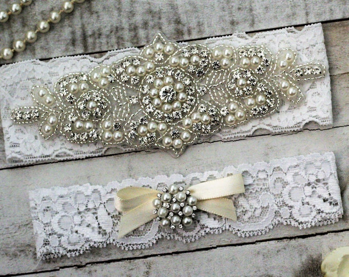 SALE - Pearl Bridal Garter Set, pearl and rhinestone garter set, WHITE B08S-C32
