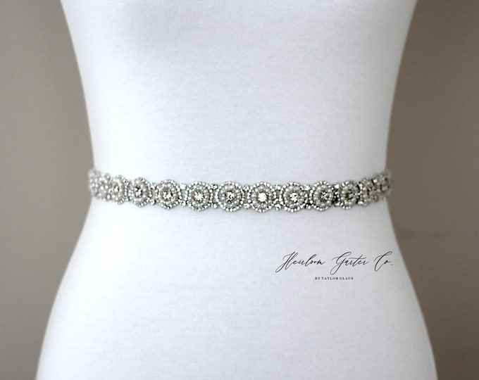 Dainty Pearl Bridal Belt, Rhinestone Bridal Sash, Beaded Bridal Sash, Wedding Belt, Wedding Sash Rhinestone Sash