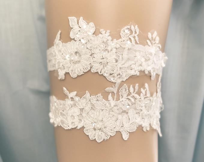 Lace Wedding Garter set, ivory bridal garter, vintage floral lace bridal garter C16-C16