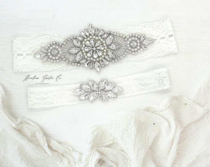 Wedding Garter Set, Rhinestones, NO SLIP Lace Wedding Garter Set, bridal garter set WHITE B11S-C21