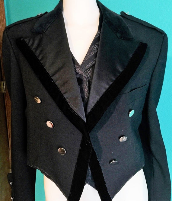 1970's Vintage Black Steam Punk/ BoHo,Gypsy Notch Lapel Short Tailcoat by The Davis Shop in Brooklyn, NY Size 44s Black Steam Punk/ BoHo