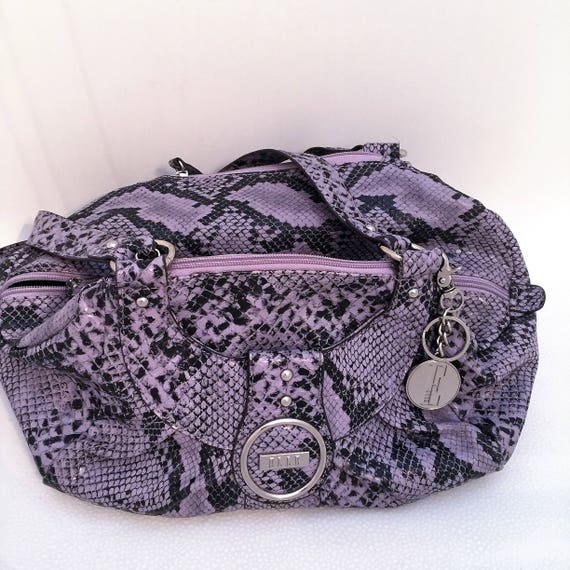 ELLE purse, handbag  lavender,black animal print hobo,handbag  35.00 comes with ELLE silver key chain. perfect shape