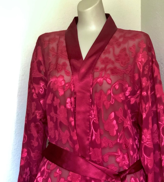 1990sOscarDeLaRenta long robe.sheer sexy classy two tone dark cherry color. full length robe with lighter satin flowers.High end pink label