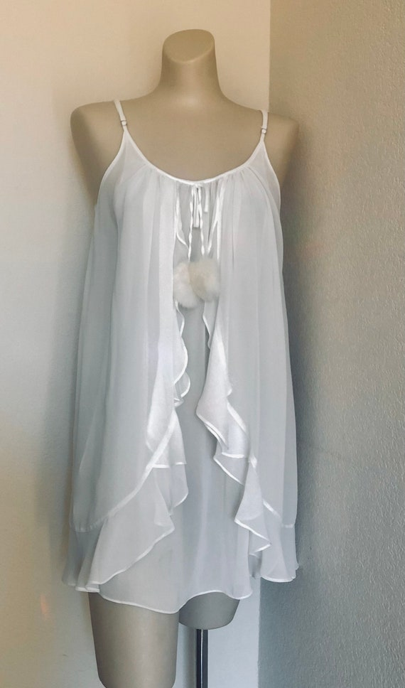 1990's Oscar De La Renta short  sexy pink label nighty nightgown creamy white flowing intimate teddy with 2 white fur tassels. Small