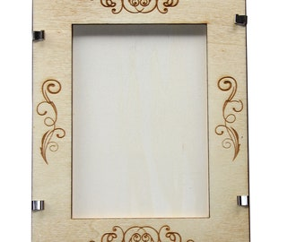 Picture frame with portrait model 1