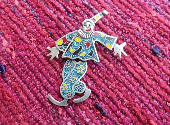 Mexico Articulated Clown or Court Jester Pin or Pe