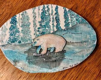 Polar bear wood round wall art