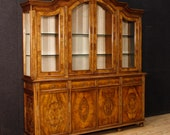 Italian bookcase in walnut and burl walnut