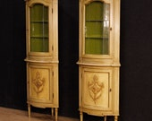 Pair of Italian lacquered and gilded corner cupboards in Louis XVI style