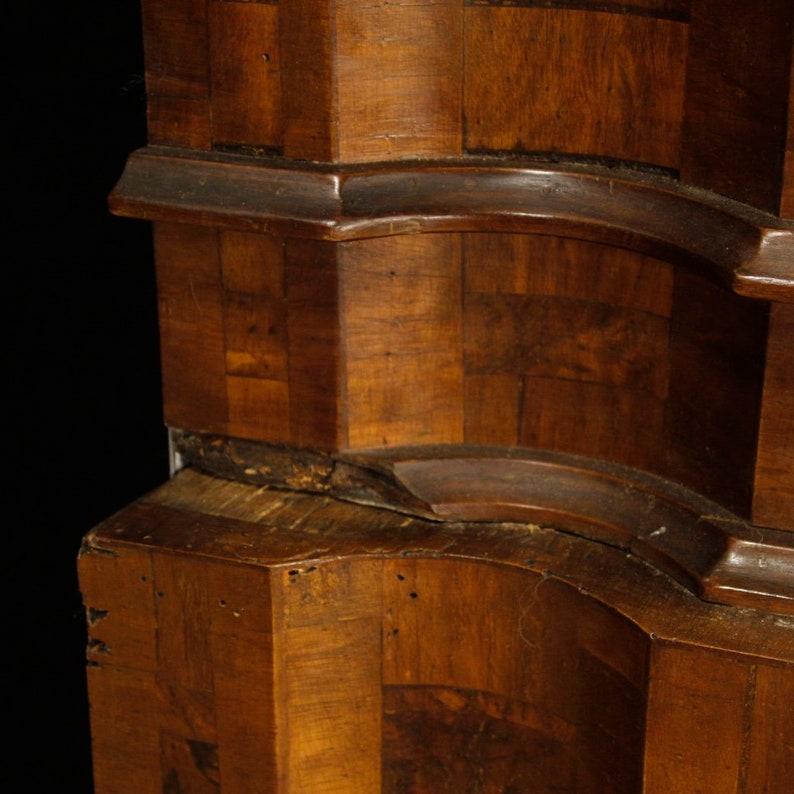mahogany and beech Venetian trumeau in walnut burl