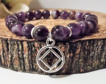Recovery Sobriety Bracelet Jewelry - AA, NA, Alcoholics Narcotics Anonymous, Beaded Stretch Charm Bracelet, Sober Gifts, Dogtooth Amethyst