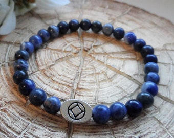 Recovery Sobriety Beaded Bracelet - AA, NA, Alcoholics Anonymous, Narcotics Anonymous, Sodalite Gemstone, Slide Bead
