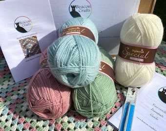 Learn to Crochet, Beginners Crochet Kit, starter box with instructions. Fully supported workshop box. New hobby. Basic crochet with support.