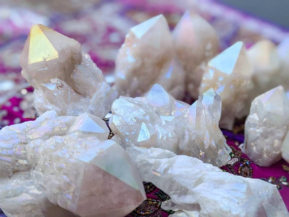 Aura Candle-Pineapple Quartz ~ Free Standing Crystal Points & Clusters / Crystal Healing, Pure Light / Ancient Stone of Knowledge + Wisdom